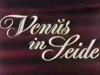 Classic Vintage Retro Patricia Rhomberg Clip Venus