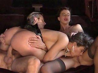 Una Pornodiva Con I Tacchi A Spillo 1994 Angelica Bella
